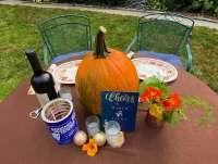 table setting pumpkin